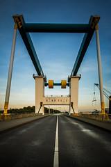 Este-Sperrwerk (Fantastist) Tags: elbe hamburg sperrwerk fluss river bridge urban architecture structure