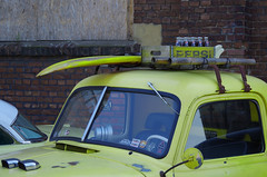 Dachlast - roof load (Knarfs1) Tags: roof load dachlast car old custom oldtimer yellow chevrolet pickup low rider