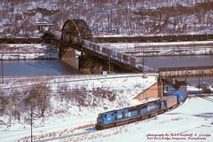 CR 5503 6717, Duquesne, PA. 3-11-1999 (jackdk) Tags: train railroad railway locomotive emd emdsd60 emdsd60m emdsd50 sd60 sd60m sd50 cr conrail pc penncentral pennsy bridge trestle monongahela monongahelariver tunnel stacktrain tractortrailer tofc