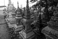 Vientiane, Laos (pas le matin) Tags: travel voyage stupa vientiane laos capital lao southeastasia asia asie bw blackandwhite nb monochrome noiretblanc world buddhism boudhisme canon 7d canon7d canoneos7d