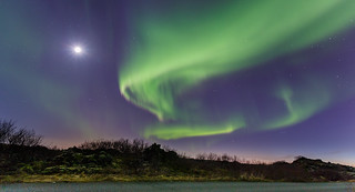 Aurora borealis and the Moon