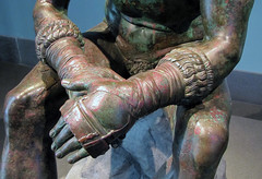 Apollonius, Boxer at Rest, detail with hands