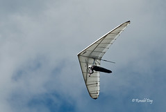 "Hang Glider ~Grant Emary Flies ""Sky Dancer"" (Ron1535) Tags: golden colorado wing sail roll pitch soaring glider lookoutmountain hangglider thermals mtzion hanggliding deltaplane yaw airframe freeflight freeflyer windcurrents hanggliderpilot glideraircraft soaringaircraft"
