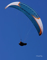Paragliders ~Sam Crater~ (Ron1535) Tags: golden colorado wing sail roll pitch paragliding soaring glider lookoutmountain pilots paragliders thermals mtzion yaw freeflight freeflyer flexiblewing glideraircraft soaringaircraft ramairdesign paragliderpilots