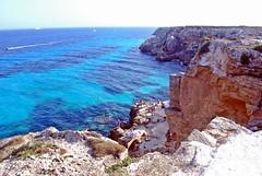 Azzurro come te, come il cielo e, il mare.. (Valina's Photography) Tags: sea sun island mare barche agosto sicily sole rocce luce sicilia 2012 isola favignana scogli buemarino nikond80