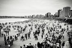 Festival Aereo II (pablofalv) Tags: people espaa beach festival spain san gijn aircraft air crowd asturias playa lorenzo julio 27 aereo 2012 aviones principadodeasturias
