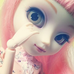 Peachpink | Pullip MM (.: Marinette in Wonderland :.) Tags: pink cute eye colors outfit eyes doll wig kawaii groove pullip mm custom custo iphone mymelody obitsu eyechips junplanning maemi zuora peachpink obitsusbhm instagram