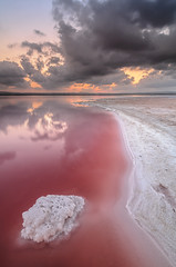 The dinosaur (Carlos J. Teruel) Tags: sunset tokina nubes lightroom marinas d300 lr4 xaviersam singhraydarylbensonnd3revgrad carlosjteruel