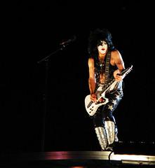 Paul Stanley, KISS ~ MN State Fair (Dusty J) Tags: music minnesota rock metal canon stand concert kiss state grand fair roll heavy mn grandstand motley crue