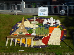 Europe in Full Swing (Stefan Peerboom) Tags: mosaic mosaics 2012 mozak fruitcorso mazaken