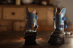 the boots are made for walking (dancing, running, playing football, hide and seek, stomping, jumping...) (Charlotta love...) Tags: shoes braces boots amc orthotic arthrogryposis orthesen
