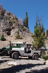 At the lake (Nick / KC7CBF) Tags: 2001 white mountain mountains green yellow creek jeep offroad 4x4 boulder basin idaho toyota land yj landcruiser cruiser tj wrangler