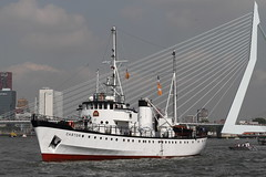ROT_0655 (g e r a r d v o n k ) Tags: city haven holland 1025fav canon eos harbor fantastic rotterdam photos expression ships ngc 7d unlimited yabbadabbadoo canoneos7d  pinnaclephotography artcityart