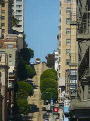 Cable car on Powell Street, San Francisco (festivalos) Tags: bridge tower art car museum modern square golden bay pier gate san francisco sailing union cable muni seal powell 39 coit lombard 2012