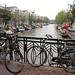 Diversos canais e milhares de bicicletas