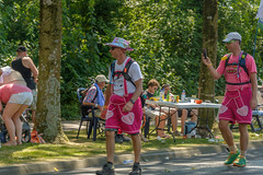 cheeky snapshot (stevefge) Tags: beuningen vierdaagse walkoftheworld nederland netherlands nederlandvandaag people hot sun summer candid lopers pink reflectyourworld