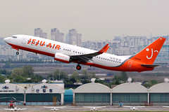 Jeju Air   Boeing 737-800   HL8034   Seoul Gimpo (Dennis HKG) Tags: jeju jejuair jja 7c boeing 737 737800 boeing737 boeing737800 aircraft airplane airport plane planespotting seoul gimpo rkss gmp hl8034 canon 7d 100400