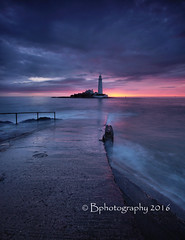 The waiting game. (baldridge1271) Tags: stmaryslighthouse seascape sunrise waves sea clouds northeast england whitley bay