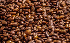 Coffee beans _ Macro Mondays (shpongleri) Tags: macro coffee beans brown raw macromondays filltheframewithfood