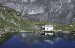 (mo.bernard) Tags: mountain lake mirror summer house rocks nature landscape paysage scenery zermatt