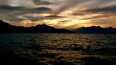 Coming Back to Life (Pajaro Post) Tags: patagonia parquenacionalnahuelhuapi paraso bariloche lagonahuelhuapi lago lenticulares nubes cielo naranja nahuelhuapi
