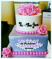Vegas grey and pink rose cake (Retro Bakery in Las Vegas) Tags: grey pink rose vegas cake