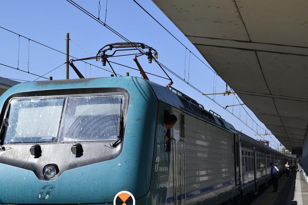 The world 39 s most recently posted photos of 424 and fs - Orari treni torino porta nuova genova brignole ...