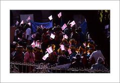 Manifestation indienne / Cuzco - Pérou (PtiteArvine) Tags: cuzco pérou manifestation indiennes scènederue lumière couleurs