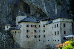 Castell de Predjama (3) / Karst / Eslovenia / Slovenia (Ull mgic) Tags: predjama karst eslovenia slovenia castell castillo castle edifici arquitectura cova cueva natura naturaleza nature fuji xt1