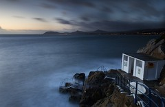 Vico Baths Sunrise (Kevin.Grace) Tags: vico baths dublin ireland sunrise sea bathing rocks rails seascape
