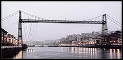 2012-03-16 Margen Derecha 006 HDR (HanZejo) Tags: rio river puente gate iron bizkaia portugalete euskadi vizcaya acero nervion colgante