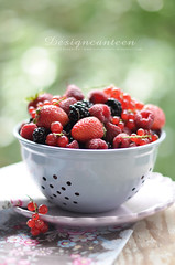Sieve of Summer Fruits (Dizajnmenza) Tags: wood red summer food fruits fruit strawberry blackberry bokeh plate blueberry rasberry currant sieve