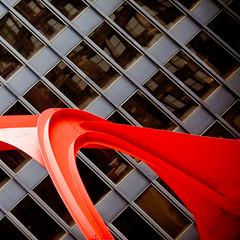 I'll Wait, Plate 3 (Thomas Hawk) Tags: sculpture usa chicago art architecture illinois unitedstates flamingo unitedstatesofamerica miesvanderrohe cookcounty chicagoland alexandercalder windycity federalplaza chiflickr052309 photowalking052309 photowalking05232009