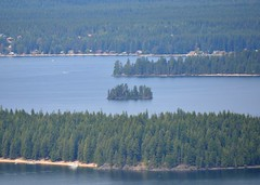 Papoose Island from Cougar Rock Photo