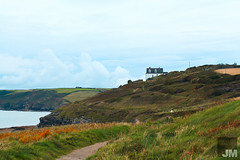 Beacon Crag Guest House (JonMorgan.) Tags: ocean red sea holiday water sunshine canon coast fishing rocks cornwall path sunny cliffs mk2 5d bb f28 pathway pasty mkii cornish senic porthleven 2470 beaconcrag sienic