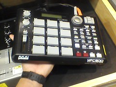 mpc 500 (pelon approved)new price($250)!!!!! (el pelonchas) Tags: mp mpc akai mpc500 akaimpc500