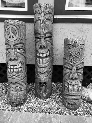 B&W Totem Pole