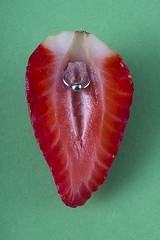 Pussy (Affaire Photography) Tags: poesavisual fruit frutilust erotic bodegon lust strawberry piercing