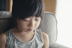 My little girl (otonasoto) Tags: sony child littlegirl windowlighting a7rii