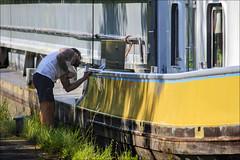 Le dimanche du batelier (chando*) Tags: barge bateau batelier boat canal homme man painting peinture pniche ronquires tatouages tattoos waterman