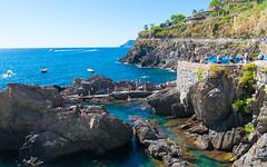 Cinque Terre -Manarola - 01 (tomomega) Tags: cinqueterre italy laspezia    sea building   worldheritage