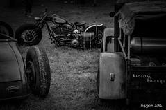 Break in the grass (ericbaygon) Tags: noiretblanc bw blackwhite black d300s nikon nikonpassion kustom kulture bike moto vhicule hotrod voiture americana american amricaine harley