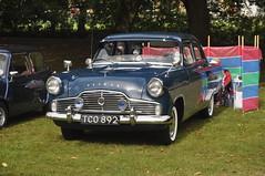 Ford Zephyr (Common Buzzard) Tags: colchester essex park vintagemotors vehicleshow cars ford zephyr