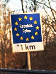 Rzeczpospolita Polska (me, paolo and the seven wonders + two) Tags: polonia cartello viaggio picmonkey