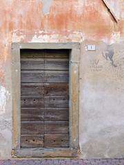 W la classe 1948 (e gli alpini) (sbilfy) Tags: door writing porta alpini romans friuli scritta varmo