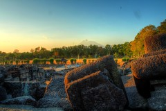 Behind Candi Prambanan Temple Ruins Indonesia (James PayneDeath) Tags: city indonesia landscape temple james ruins mount u gods bro yogyakarta gunung hdr hind merapi largest bule magelang prambanan banget candi centraljava cakep jamespayne paynedeath adhitthana thepayneofdeath dedicatedtothetrimurti sustainervishnu destroyershiva