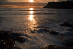 Talisker Bay, Isle of Skye, Scotland (Peter (Fernilea Photography)) Tags: sunset lighthouse sunrise scotland isleofskye cuillins talisker cuillin carbost glenbrittle portnalong sgurrnangillean minginish fernilea skyebridgesligachan