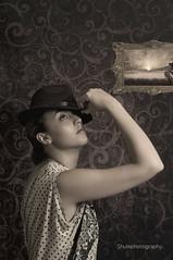 Cris V. Retro (Shulephotography) Tags: old color art vintage teatro nikon gente artistic moda creative style modelo retro personas montage contraste monumentos sombrero figuras mujeres sule misterio sexi cuadro curvas concepto creativa posado d90 shule clavebaja