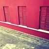 see and don't see (duineser) Tags: windows red rouge rosso finestre