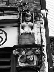 Harpy (Simon Crubellier) Tags: city uk england blackandwhite bw london canon blackwhite europe britain ixus shoreditch hackney londonist simoncrubellier ixus70 58174mm